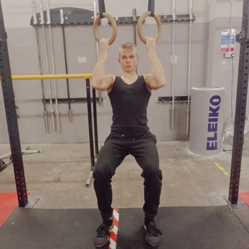 Assisted Ring Pull Up