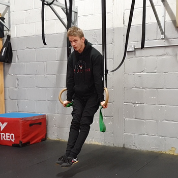 Band Assisted Ring Dips